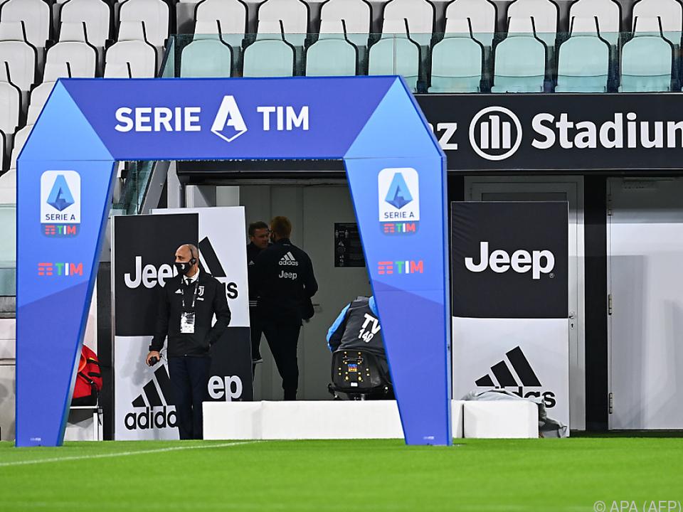 Kein Spiel in Turin und eine drohende Strafverifizierung gegen Napoli