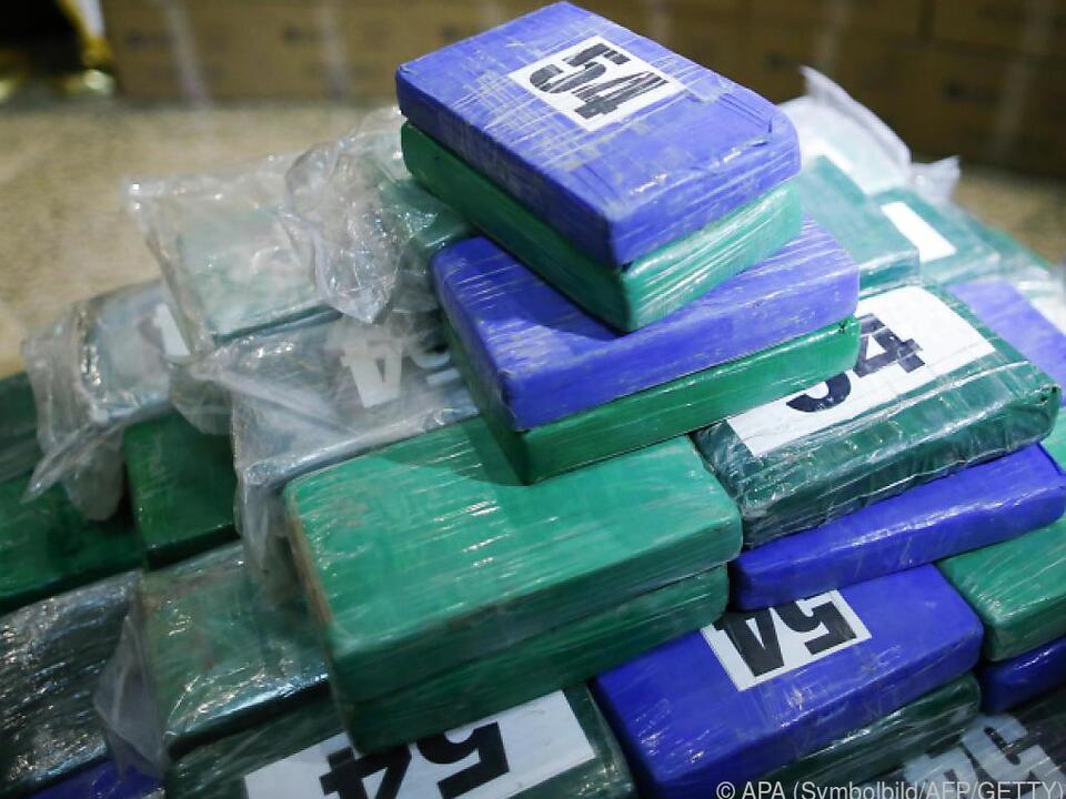 Mehrere riesige Kokain-Ladungen sichergestellt
