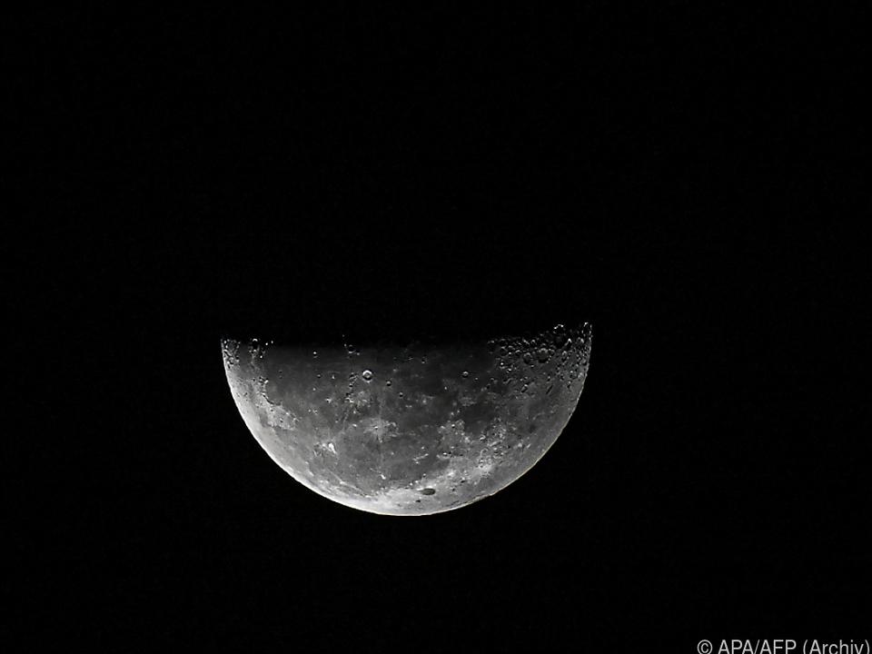 Mond gibt immer noch Rätsel auf
