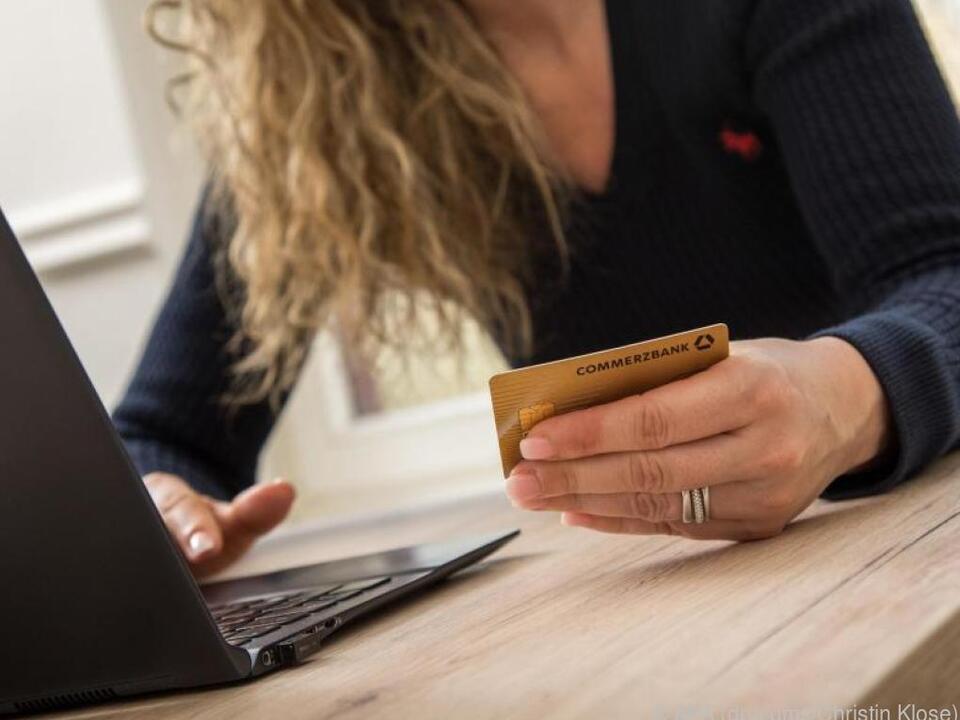 Nicht autorisierte Kreditkarten-Zahlungen kann man zurückfordern