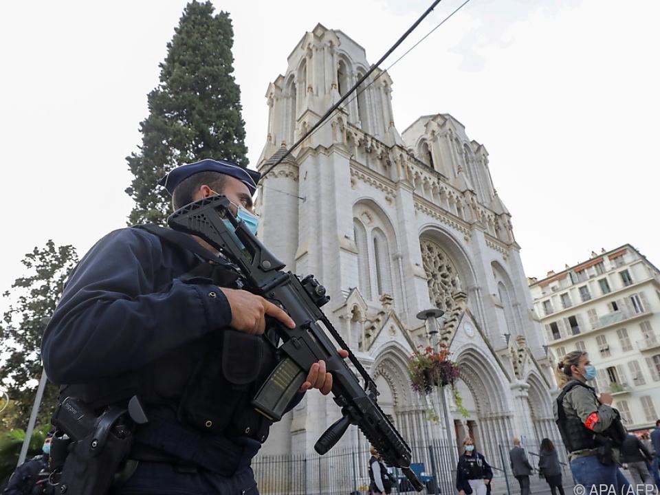 Messerattacke in Nizza: Drei Tote, mehrere Verletzte - höchste Terrorwarnstufe!