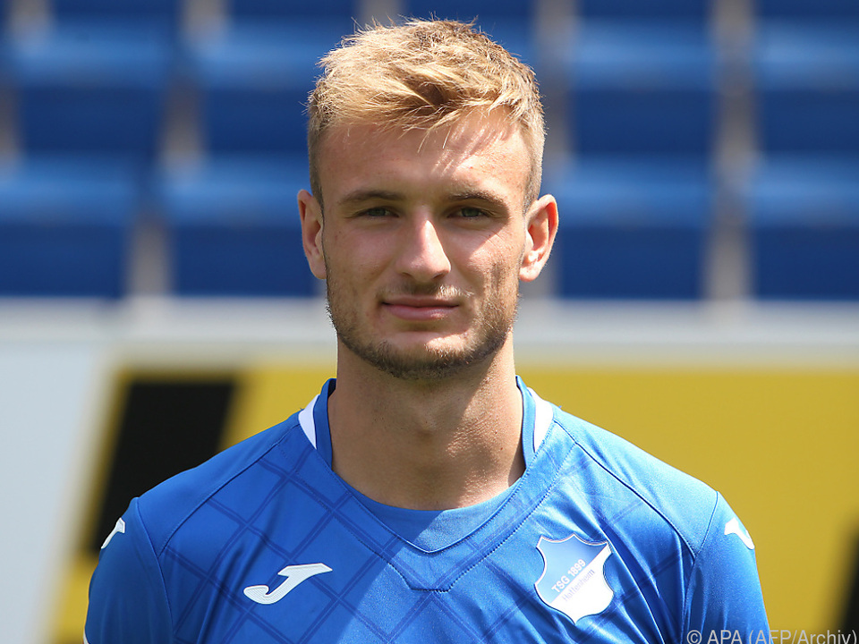 Posch gab sein Profidebüt für Hoffenheim im September 2017