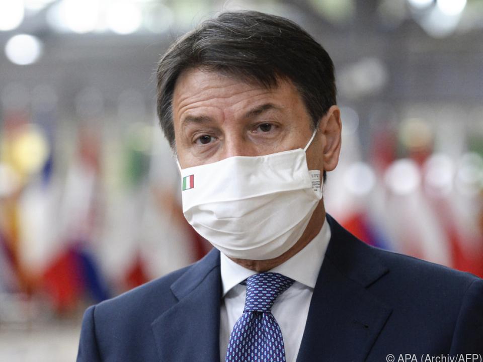 Premier Conte gab die Verschärfungen bekannt