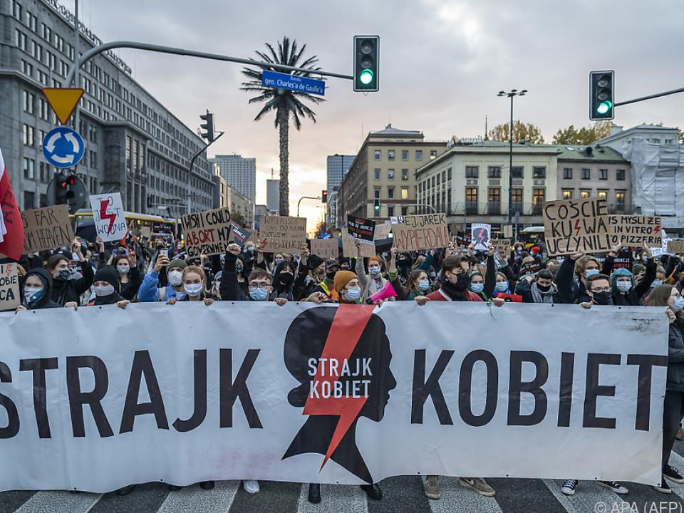 Seit Tagen kommt es zu Protesten gegen das neue Anti-Abtreibungsrecht
