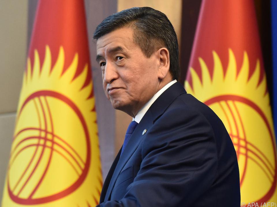 Staatschef Dscheenbekow erklärte seinen Rücktritt