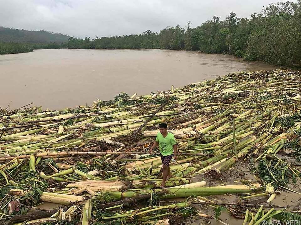 Taifun wütete über Philippinen, nun bangt man im Vietnam vor ihm