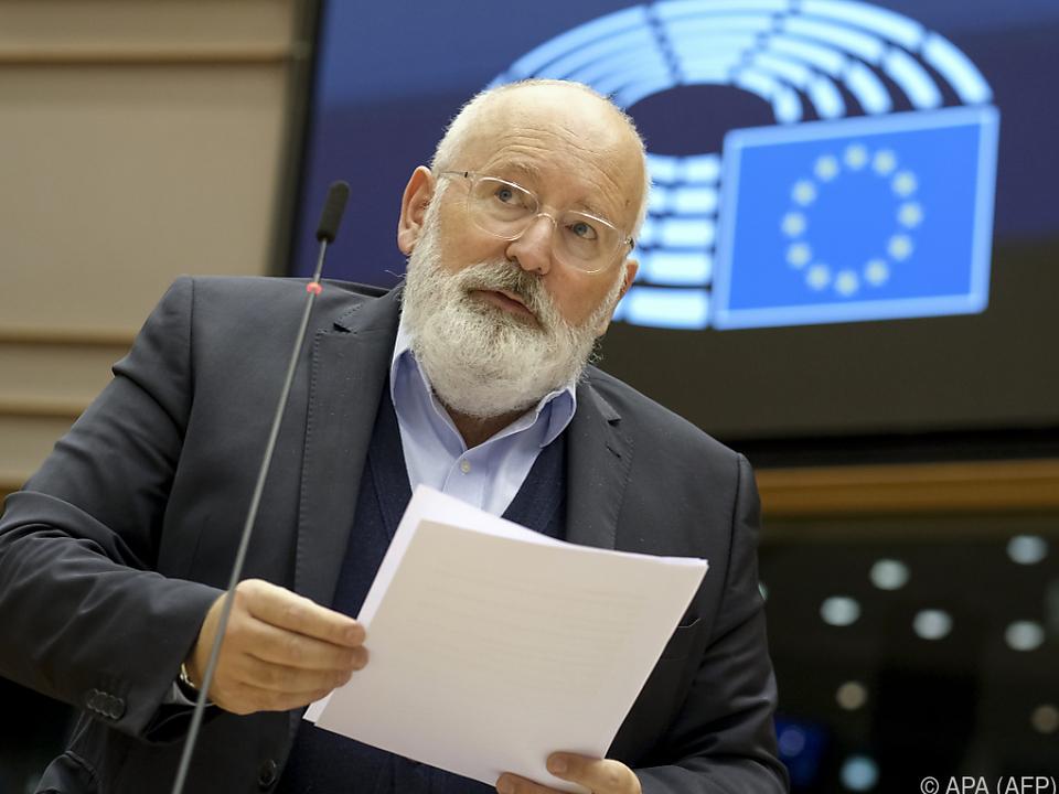 Timmermans steckt der EU ehrgeizige Klimaziele