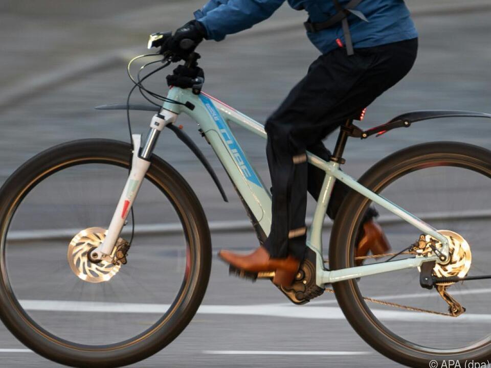 Unfälle mit Fahrrädern wurden mehr, vor allem mit E-Bikes