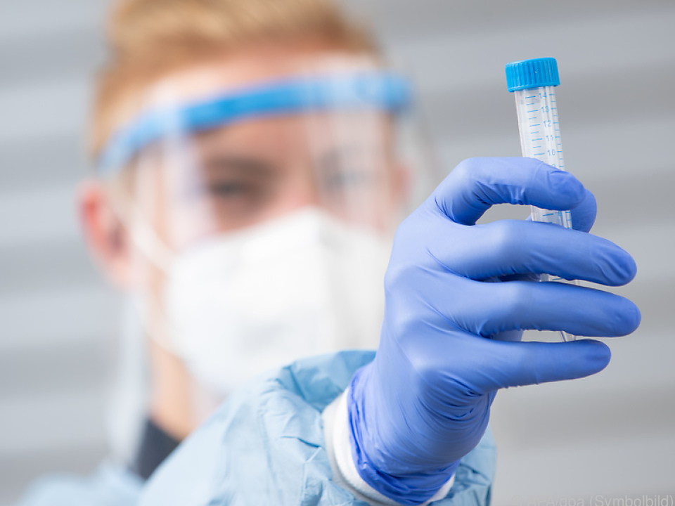 Zahl der Neuinfektionen stieg noch einmal um mehr als 1.000