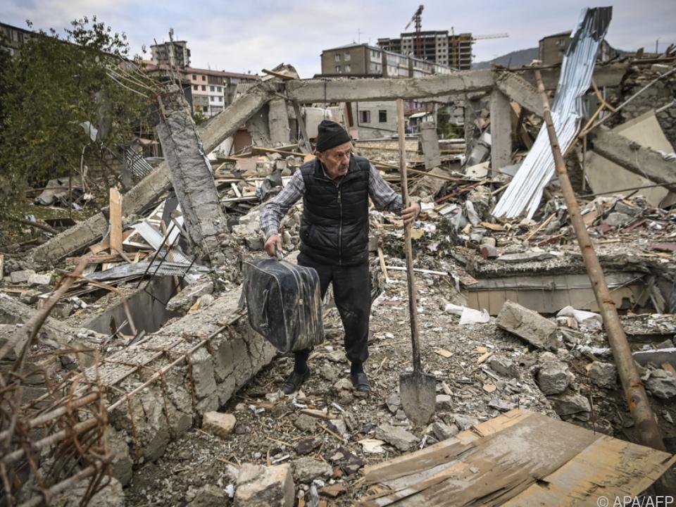 Zerstörtes Haus in Stepanakert