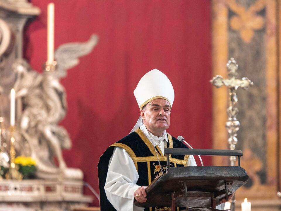 201102 Allerseelen Bischof Muser Brixen-2