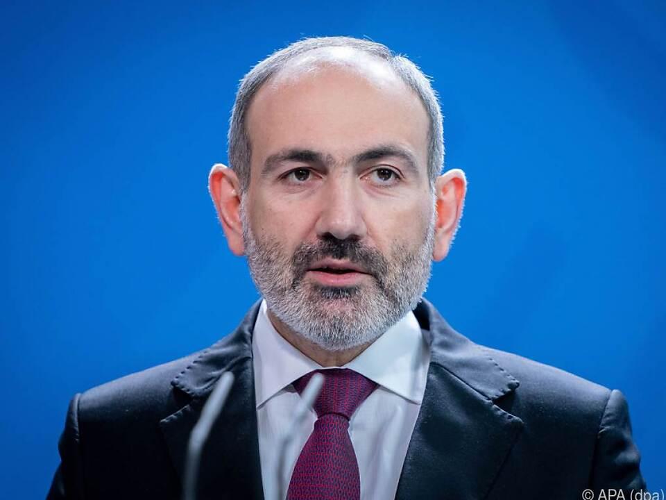 Armeniens Regierungschef Paschinjan unter Druck