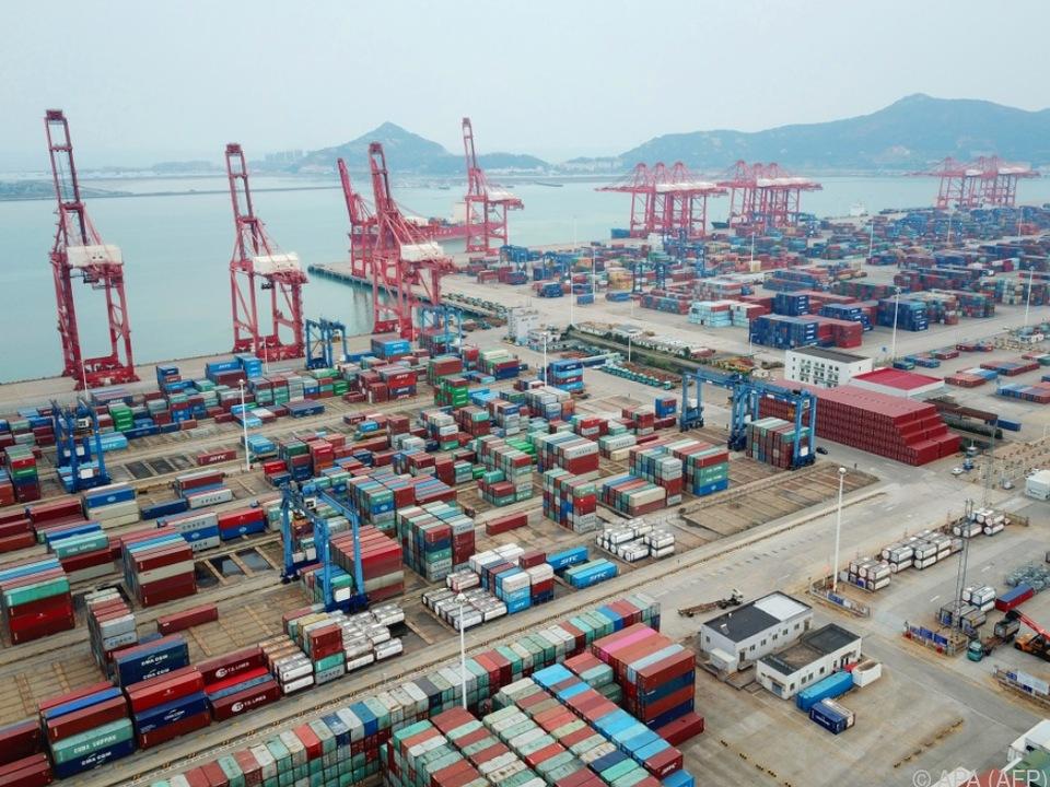 Containerhafen in der Provinz Jiangsu