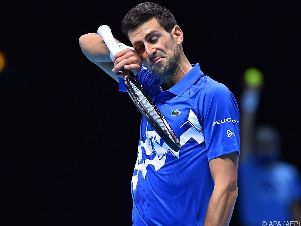 Der Anblick täuscht: Djokovic kam in zwei Sätzen weiter