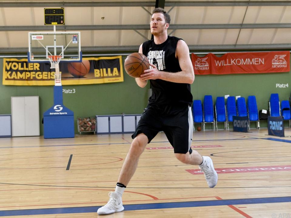 Derzeit hält sich der NBA-Profi in seiner Heimtstadt Wien fit