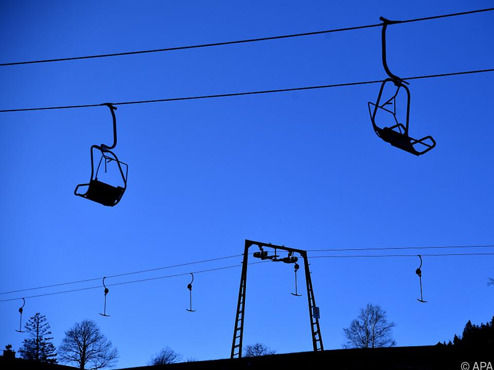 Die Debatte um Skiurlaub zu Weihnachten ist im vollen Gange