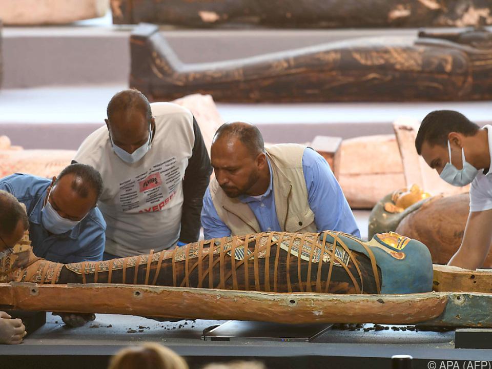Die Sarkophage sind rund 2.500 Jahr alt