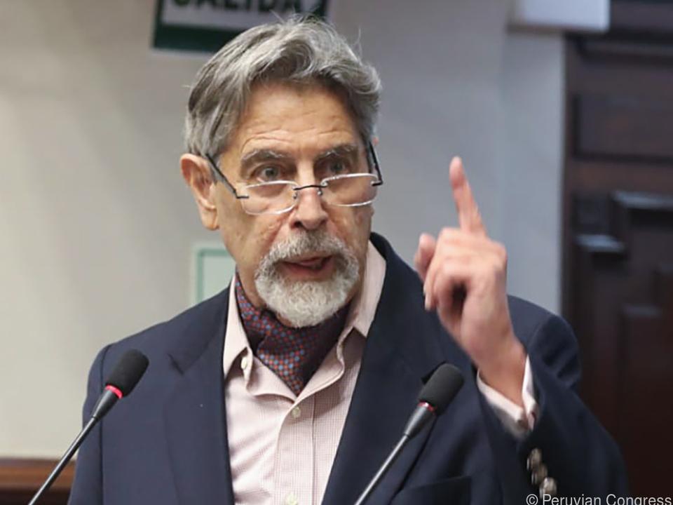Francisco Sagasti wird die Geschicke des Landes nun lenken