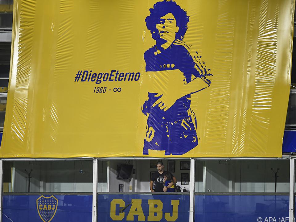 Für die Fans der Boca Juniors lebt ihr Diego ewig