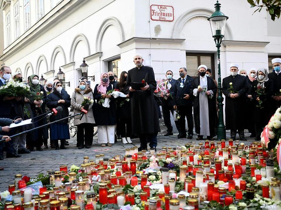 Gebet am Ort des Anschlags