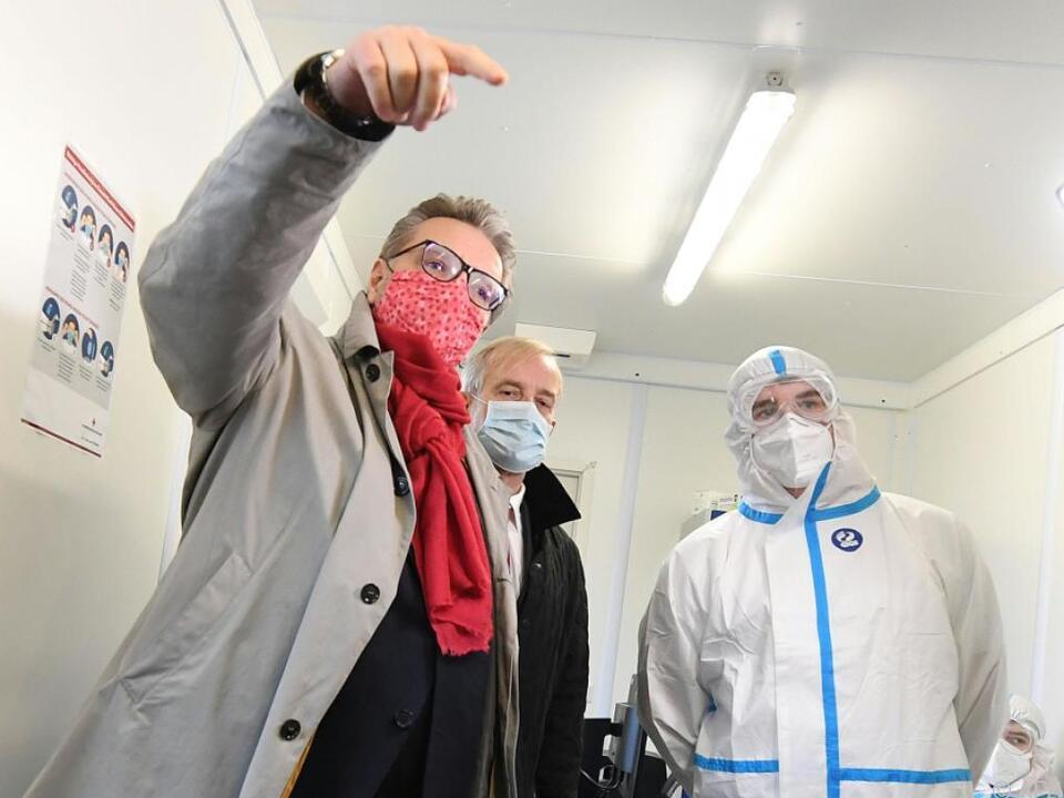 Gesundheitsstadtrat Peter Hacker (SPÖ) sorgt für zusätzliches Personal