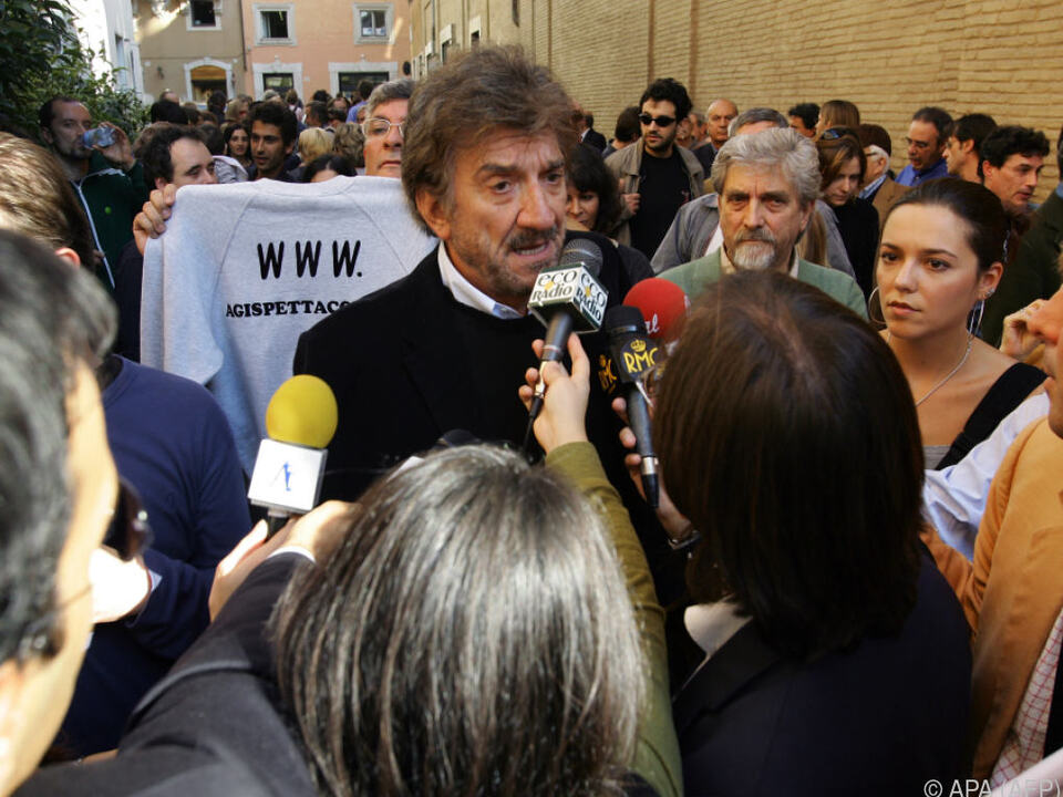 Gigi Proietti in Italien sehr bekannt