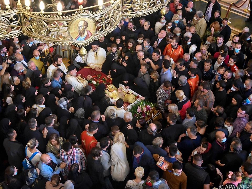 Irinej leitete Begräbnis für an Covid verstorbenen montenegrinischen Bischof