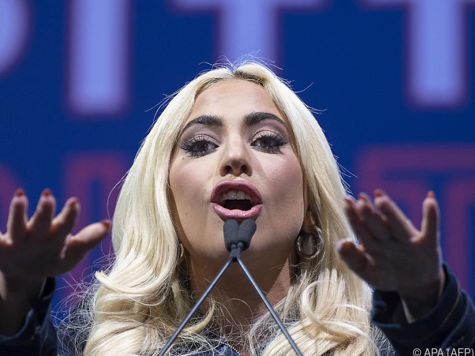 Lady Gaga empfiehlt Schlafen