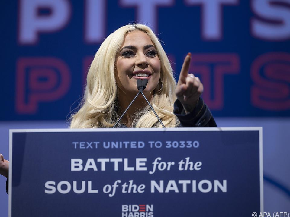 Lady Gaga lehgt sich für Biden voll ins Zeug