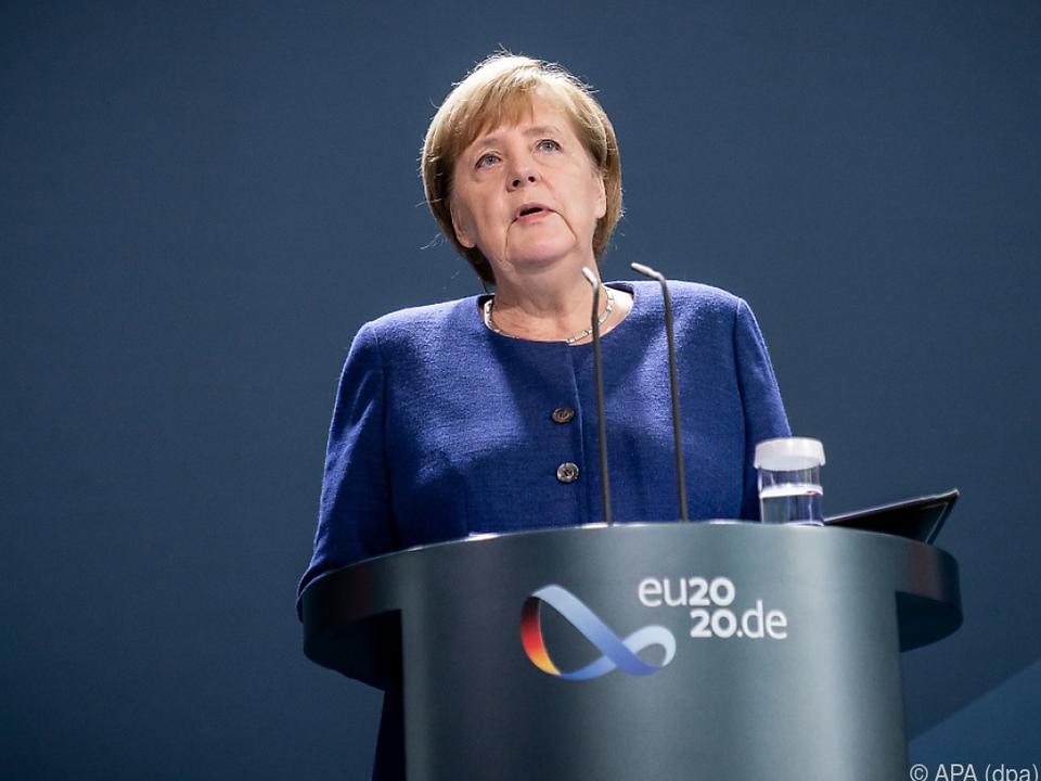 Merkel erinnert an die Geschichte Deutschlands