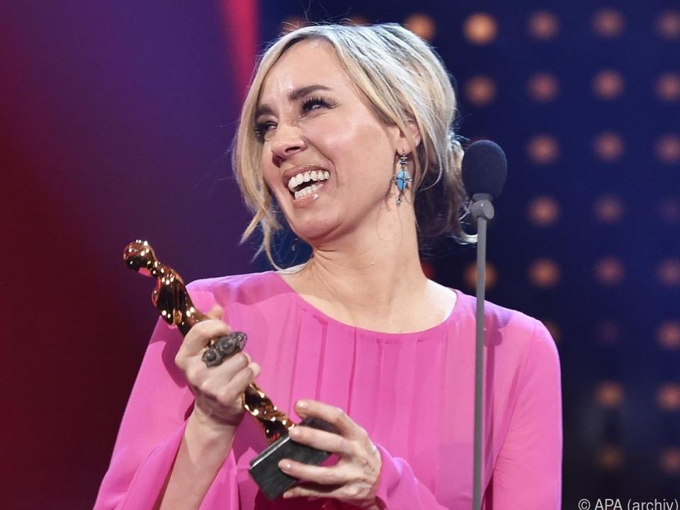 Nadja Bernhard als Romy-Preisträgerin 2018
