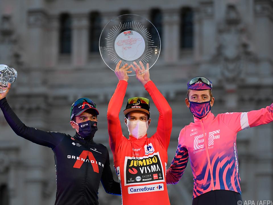 Primoz Roglic ließ sich als Sieger der Vuelta feiern
