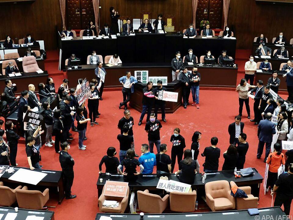 Proteste im Parlament von Taiwan