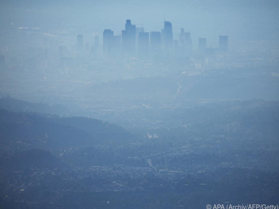 Smog hüllt Los Angeles ein