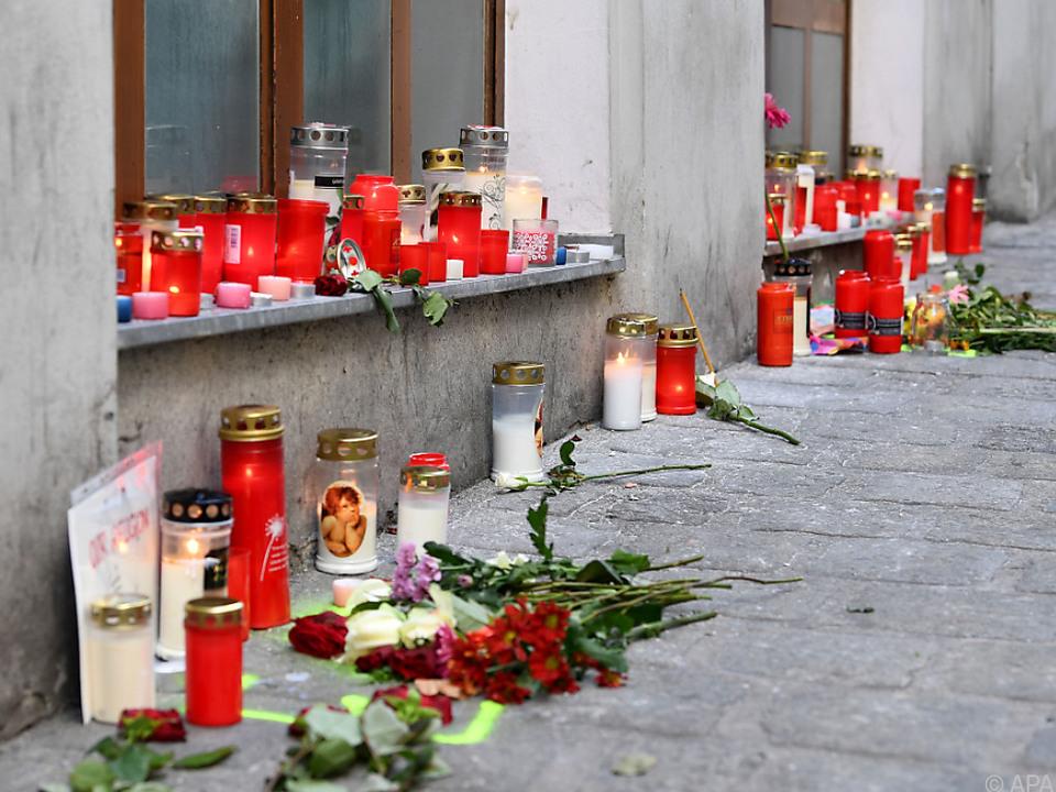 Vier Menschen starben beim Anschlag in Wien