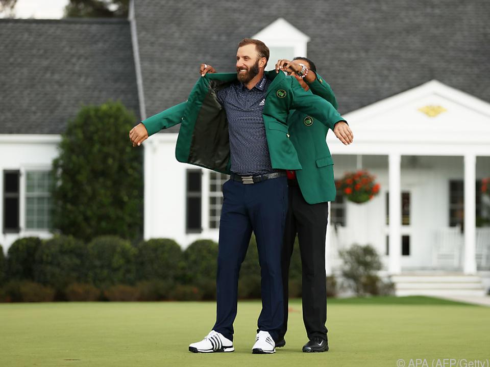Wenn einem Tiger Woods den Janker anzieht, hat man es geschafft
