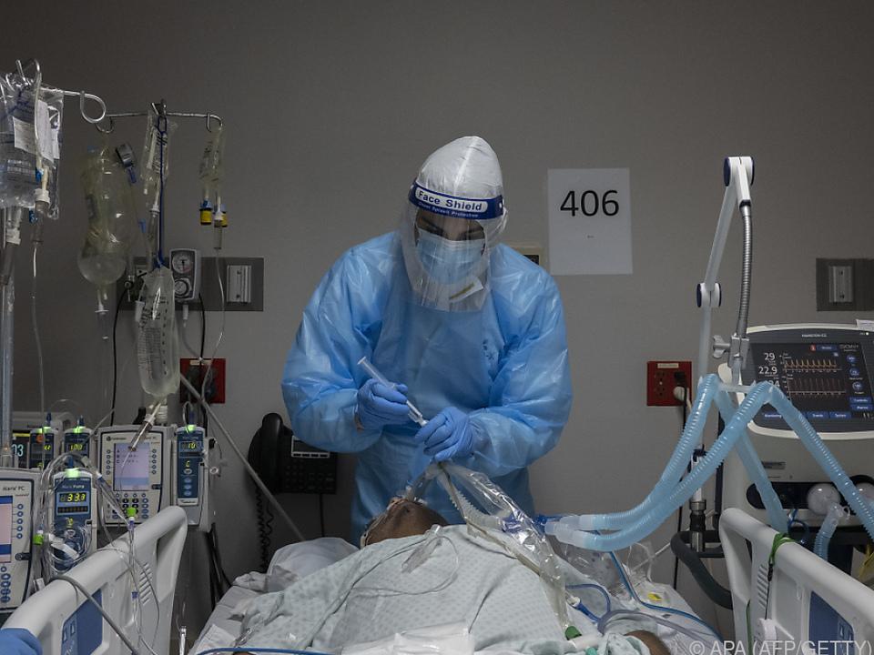 Zuletzt wurden im Schnitt pro Tag über 160.000 Neuinfektionen gemeldet