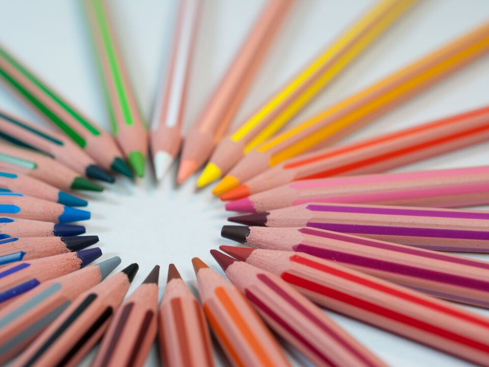 Farben Holzfarben Kindergarten Schule bunt