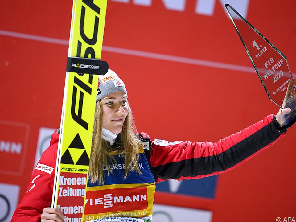 Marita Kramer feiert in Ramsau ihren 2. Weltcupsieg