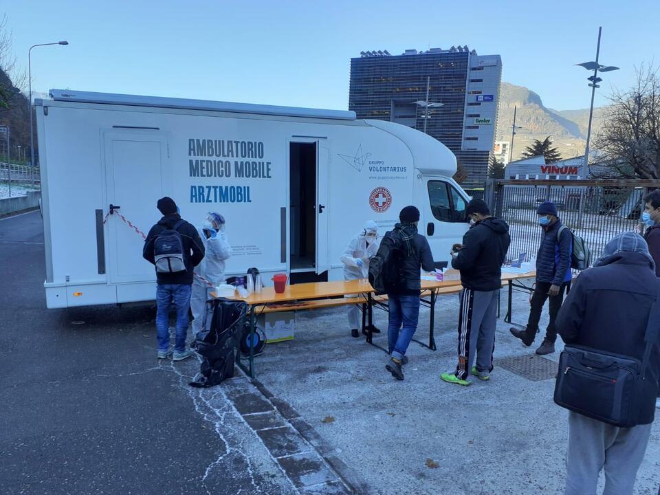 Ambulatorio mobile Volontarius Croce Bianca (1)