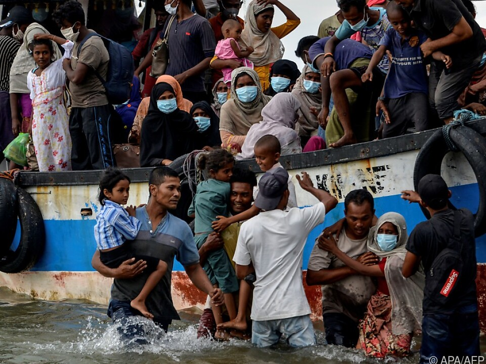 Rohingya-Flüchtlinge landen in Indonesien