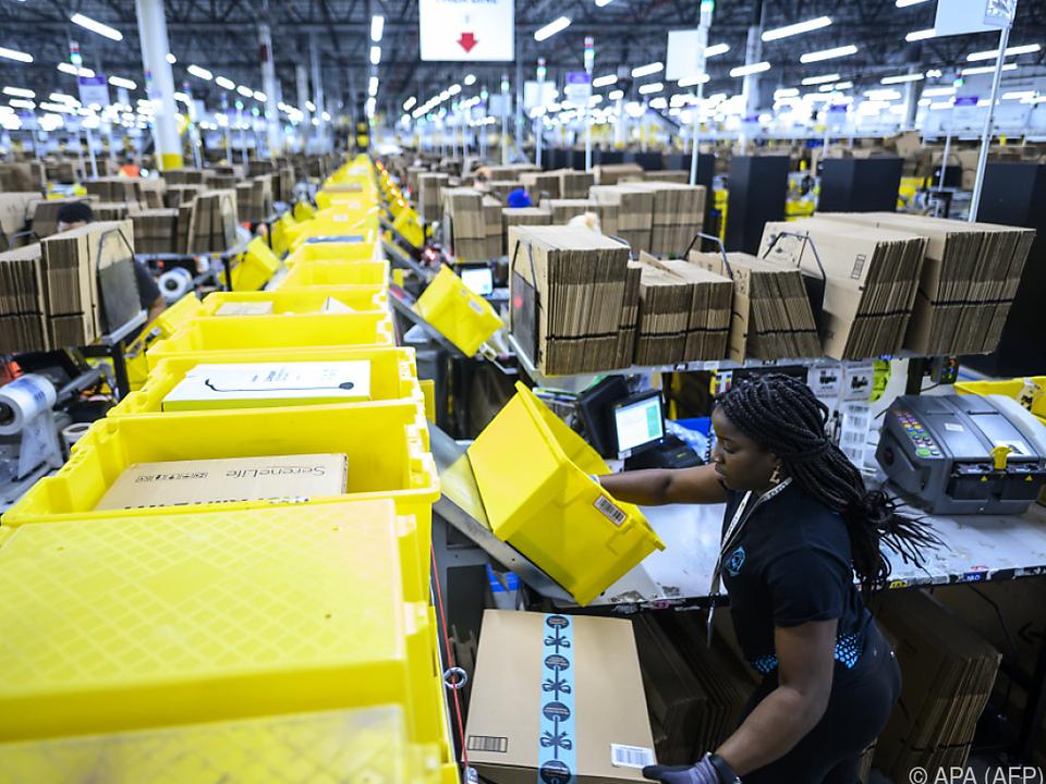 In dem Verteilzentrum in den USA arbeiten rund 5.000 Menschen.
