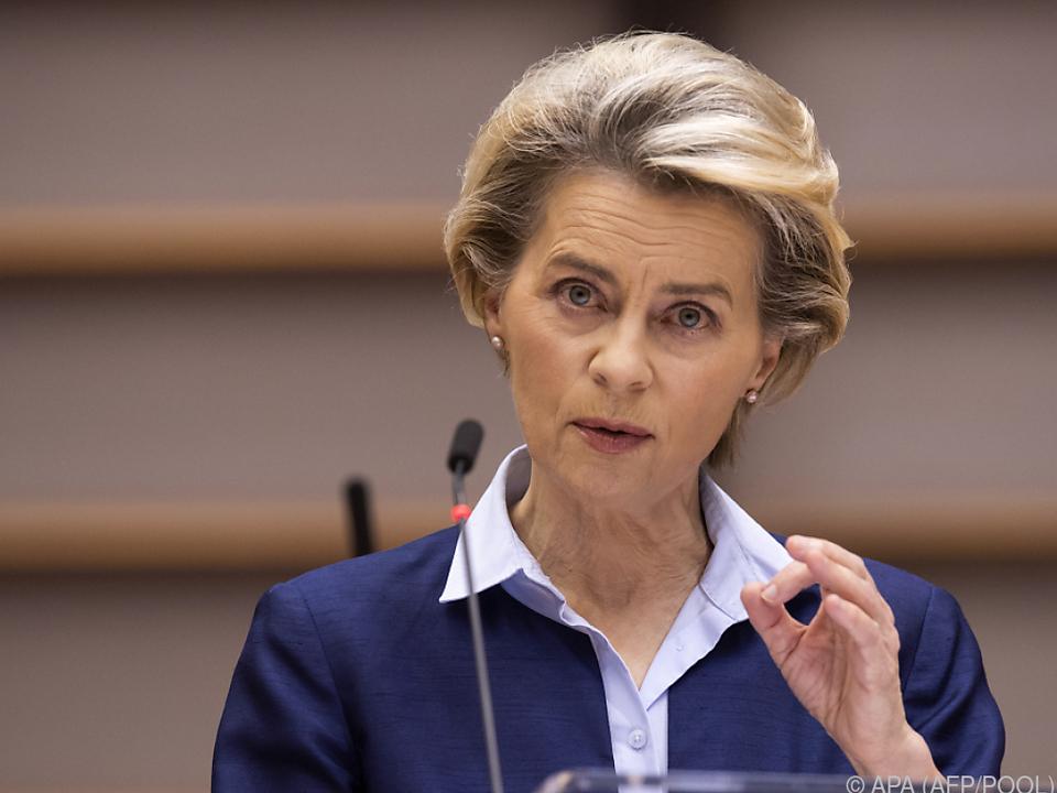 Die EU-Kommissionspräsidentin gab via Twitter den Impfstart bekannt