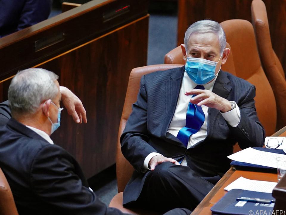 Die Kontrahenten Netanyahu und Gantz versuchten sich zusammenzuraufen
