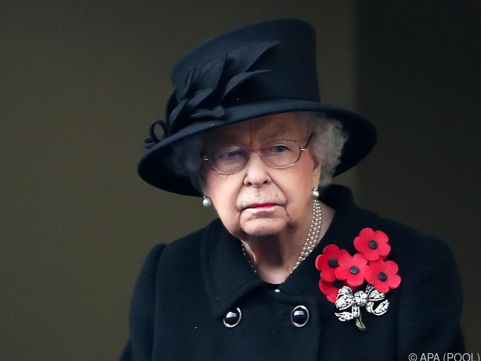 Die Queen zählt wegen ihres Alters zur Hochrisikogruppe