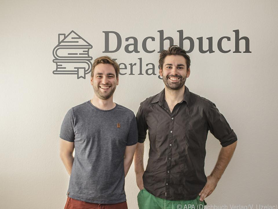 Die Verleger Nikolai Uzelac und Daniel Uzelac vom Dachbuch Verlag