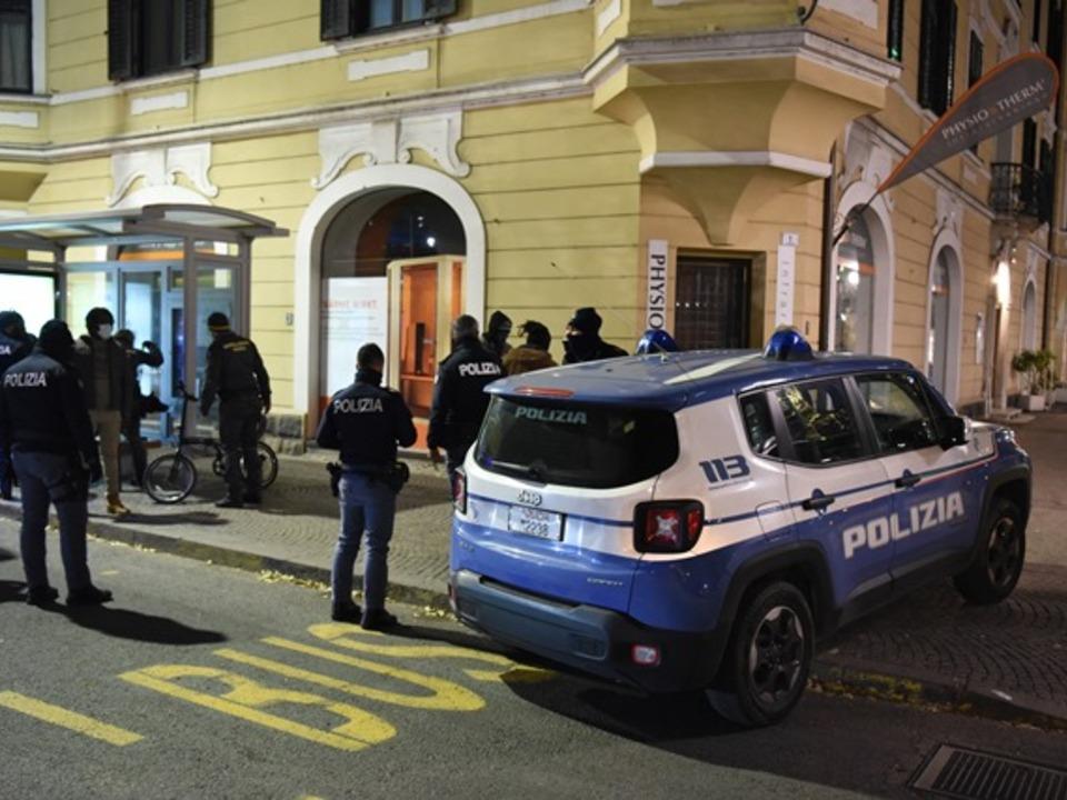 Polizei Bozen Nacht