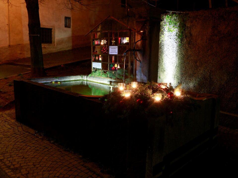 Einer der 18 Traminer Adventbrunnen_Foto Thomas Mahlknecht