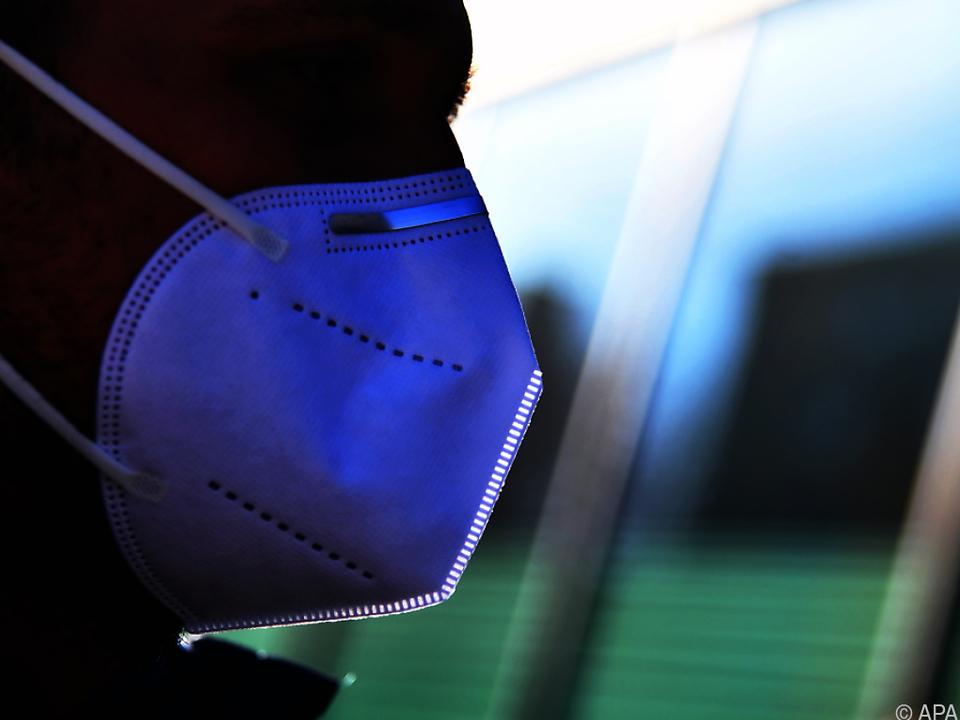FFP2-Masken sollen per Post verschickt werden