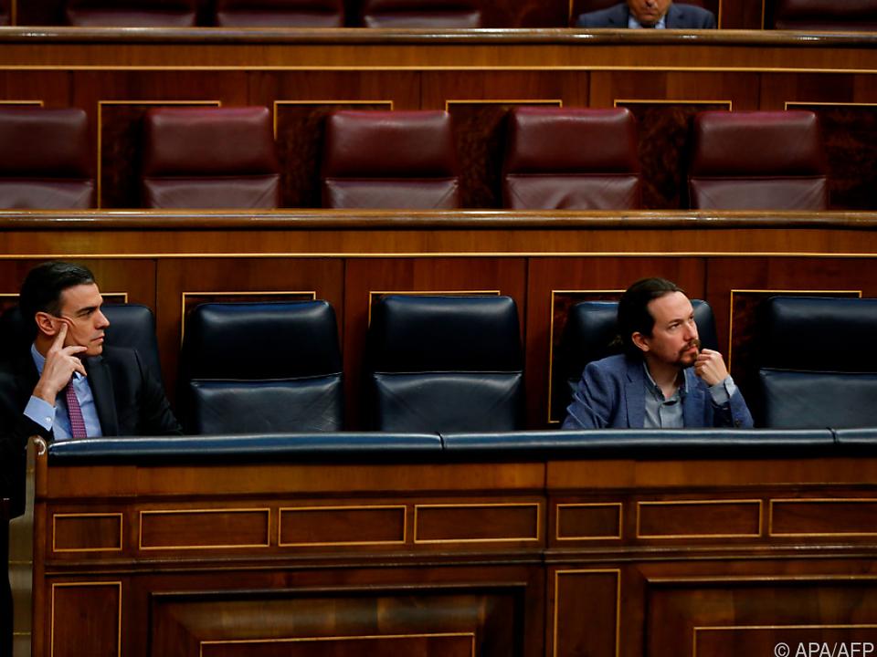 Führungsduo Sanchez-Iglesias im Visier extremistischer Militärs